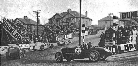 Bray_Hill_during_the_Mannin_Beg_Car_Race